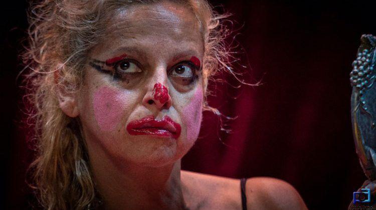 Suicido de una actriz frustrada